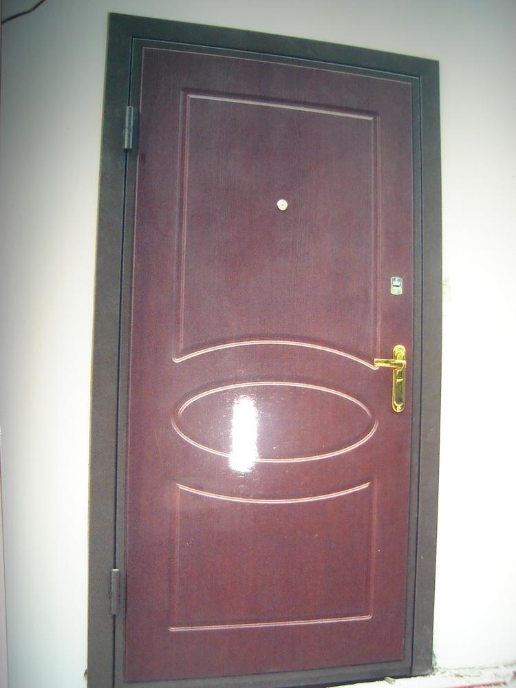 Входная дверь в дом 7