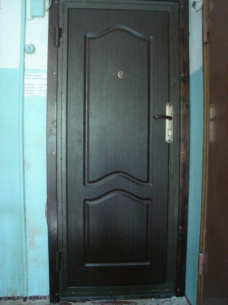 Входная дверь в квартиру 1